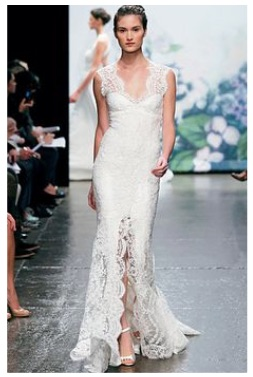 Delicate Lace Is A Great Way To Combine Island Simplicity And Traditionalism In One This Dress By Monique Ihuillier Gives Off Fairy Tale Look With Its